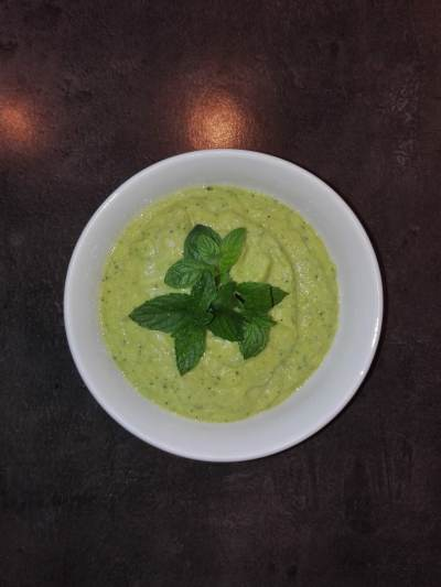 Pfefferminz ERbsen Brokkoli Sellerie Suppe Rezept Fruktoseintoleranz 4