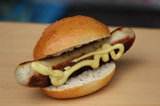 sausage-685772_640